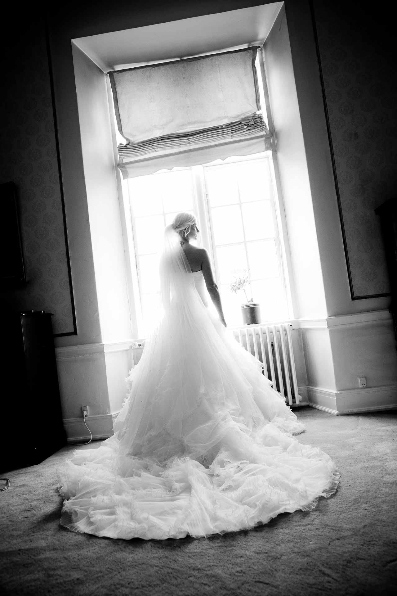 Hvad gør vi, hvis vi ønsker at hyre dig som vores bryllupsfotograf i Sønderborg